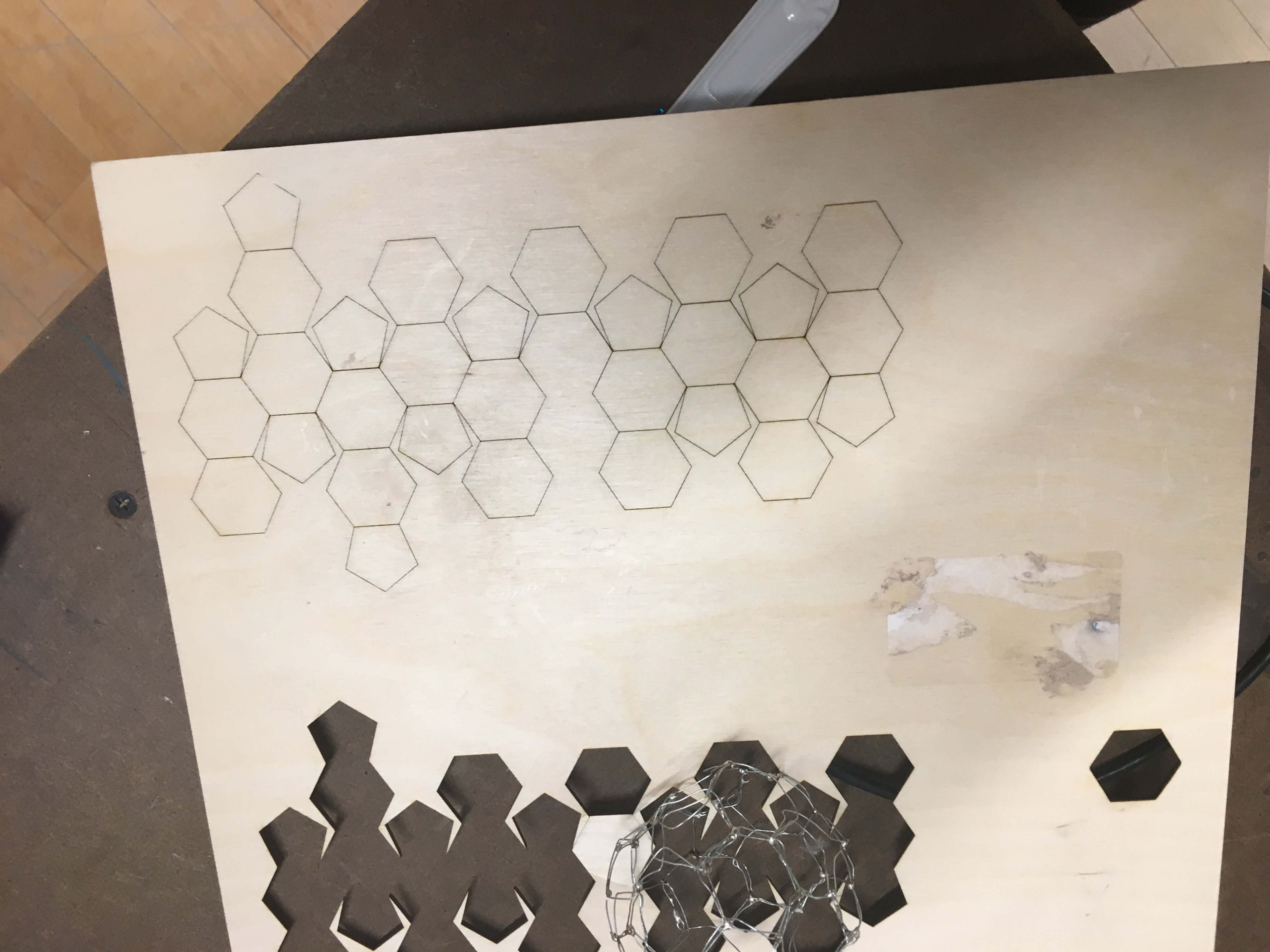 picture of lasercutting pineboard